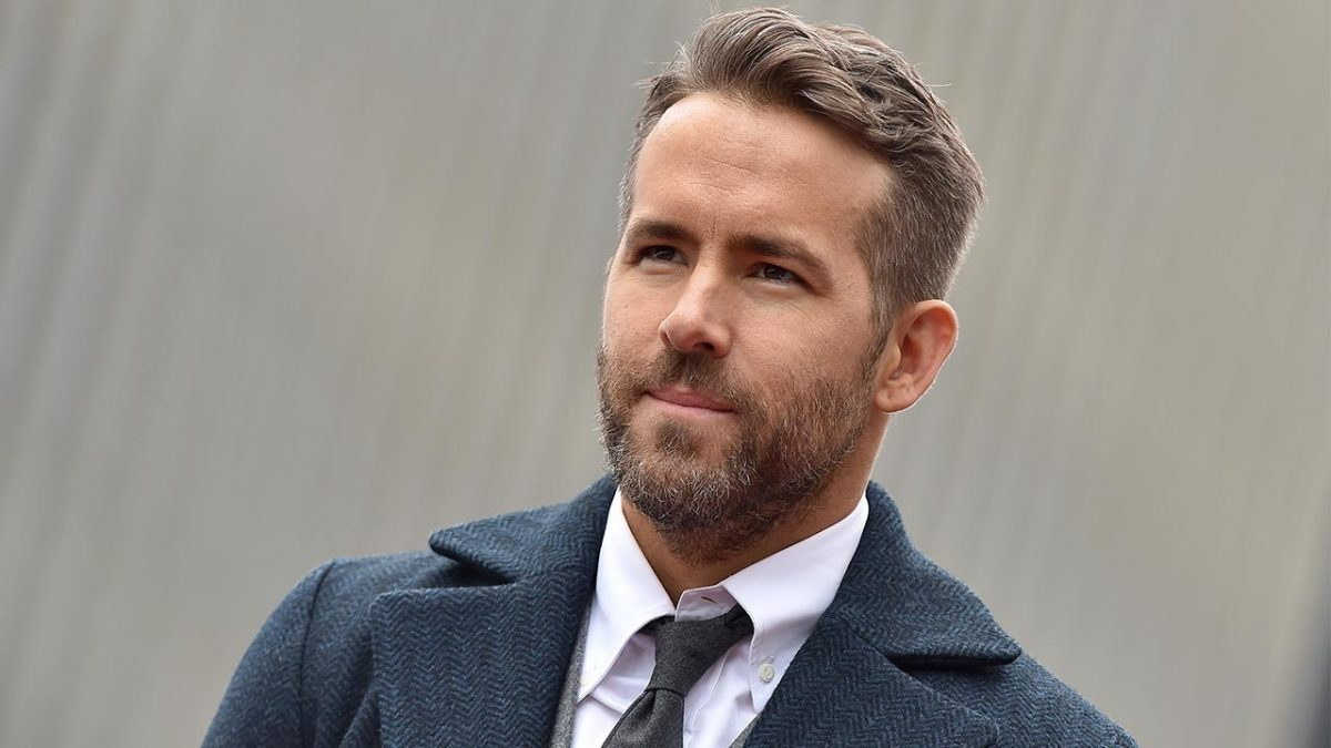"Ryan Reynolds produciría un remake de ""Home Alone"""