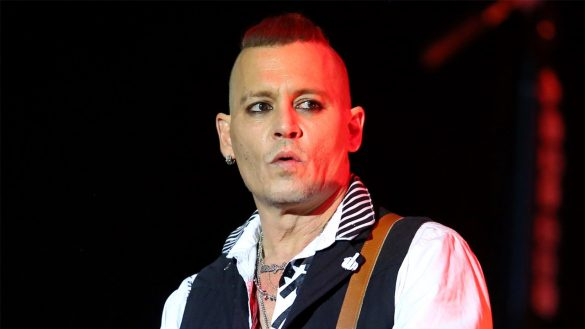 Johnny Depp evita ir a juicio con exmanagers
