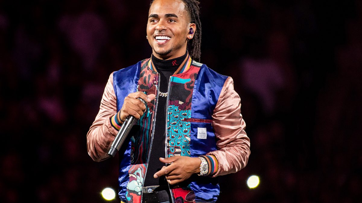 Ozuna rompe récords en YouTube y supera a Justin Bieber