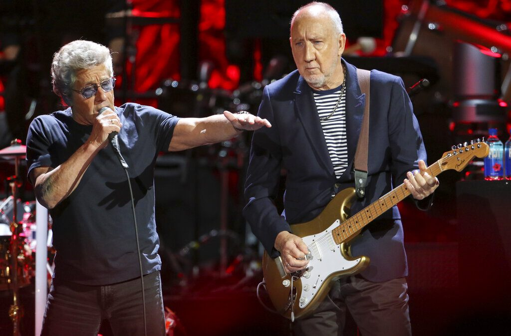 The Who interrumpe concierto por voz de Roger Daltrey
