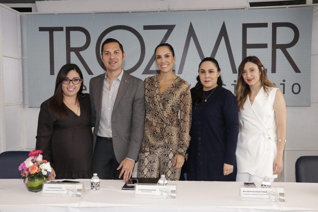 Alix Gonzalez, Rafael Flores, Cecilia Guzman, Andrea Jiménez y Guadalupe Herrera