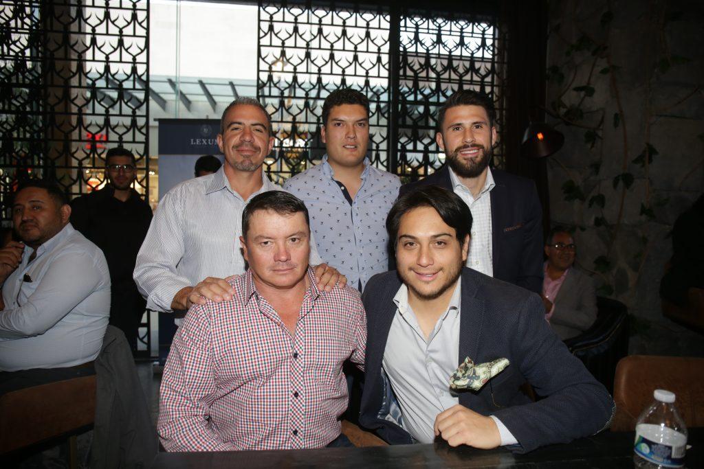 Rubén, Arturo, Rogelio, Fabian y Israel