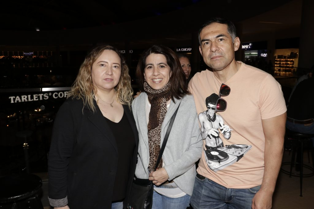 Beatriz Gamero, Jessica Pantoja y Jaime Moneda