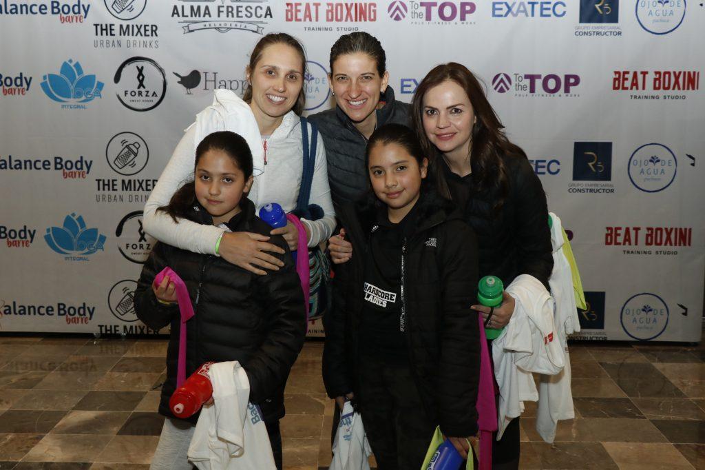 Pachuca, Hidalgo, México 27 Febrero 2020.- Penny, Mary Carmen, Marisol, María y Sofi, en el Back to the 80's, que organizado por  Exatec. Oscar Bolaños
