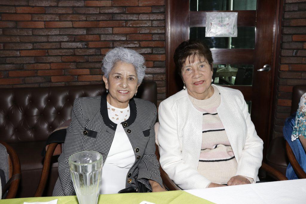 María Luisa Carmona y Elvira Guerra. Fotos: Guillermo Pérez