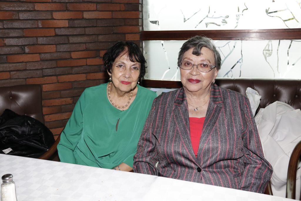 Irma Martha Guzman y Eva Trejo. Fotos: Guillermo Pérez