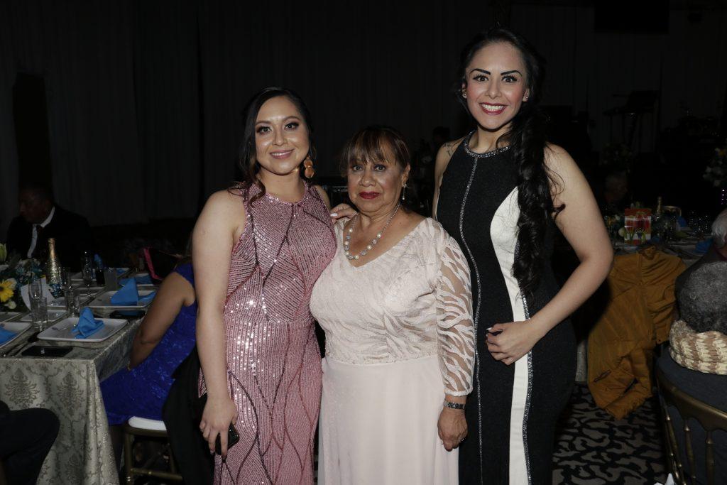Ivonne Martínez, Irma Flores y Irais Martínez. Fotos: Guillermo Pérez