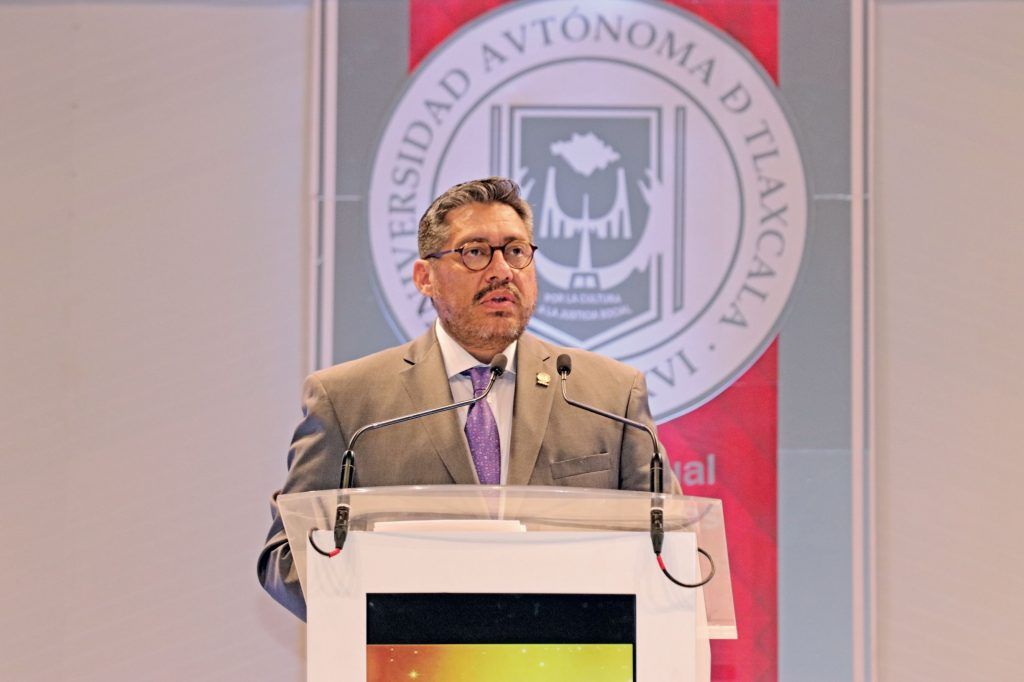Luis González Placencia, Rector de la UATx. FOTOS:  ABRAHAM CABALLERO