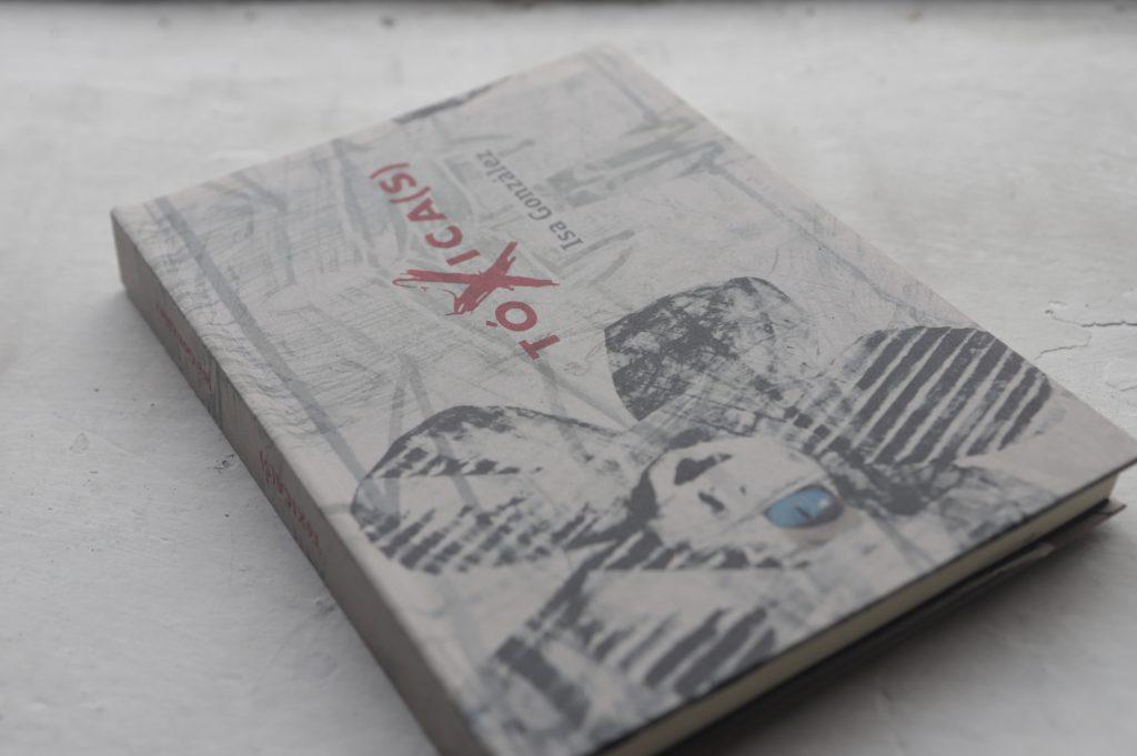 Una antología de cuentos que se llama DÍGALO SIN MIEDO. Fotos: Daniela Portillo