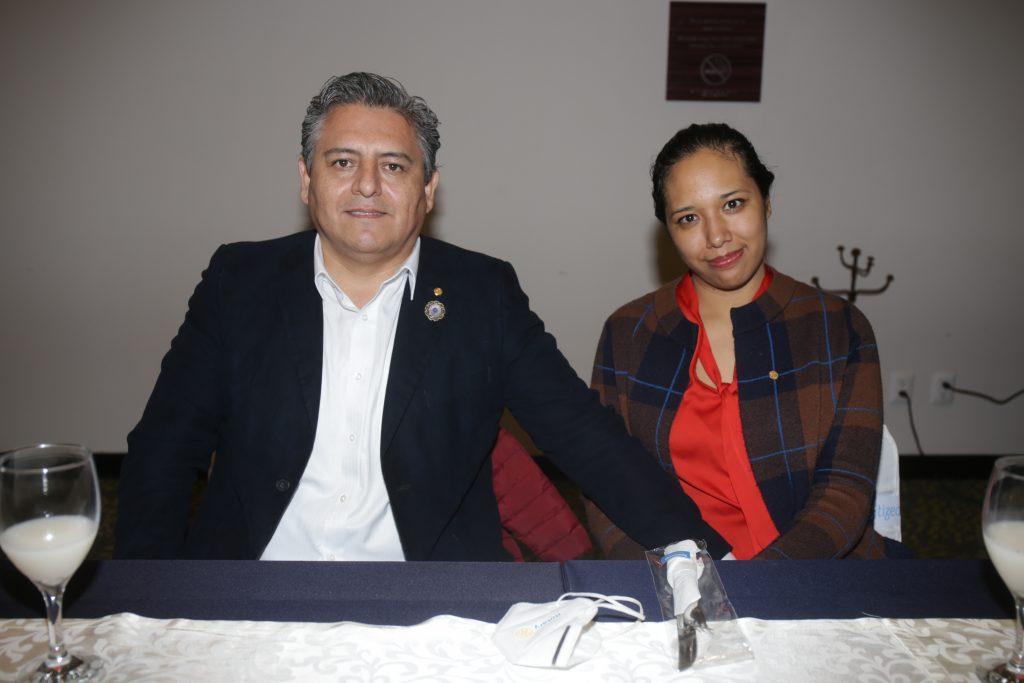 Mario Mellado y Carmen Coyotecatl. Fotos: Daniela Portillo