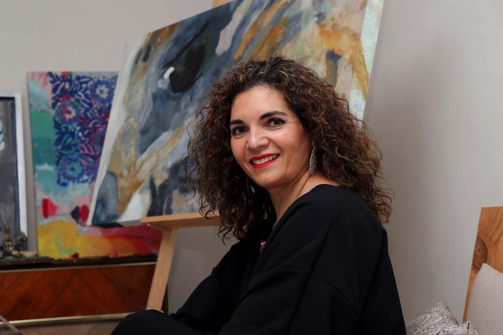"""""""El ser artista te da la posibilidad de vivir una vida un poco más colorida"""". Fotografía: Damián Vera"""