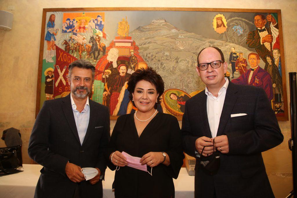 Vicky Fuentes, Felipe Sandoval y Luis Javier Cue. Fotos: Antonio Aparicio