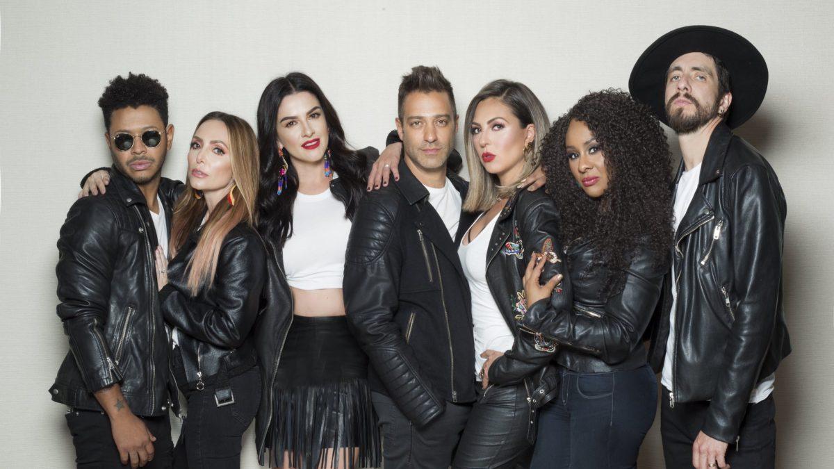 Eva Longoria producirá bioserie del grupo mexicano OV7