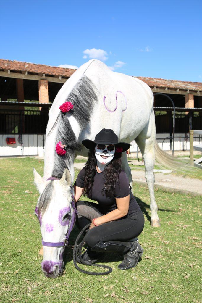 Betthy Zapata con su caballo Socra. Fotos: Antonio Aparicio