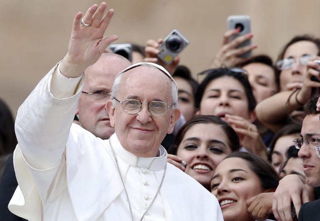 Tras la renuncia de Benedicto XVI al pontificado, fue elegido el 13 de marzo de 2013 en la quinta votación efectuada durante el segundo día de cónclave. Fotos: Especiales