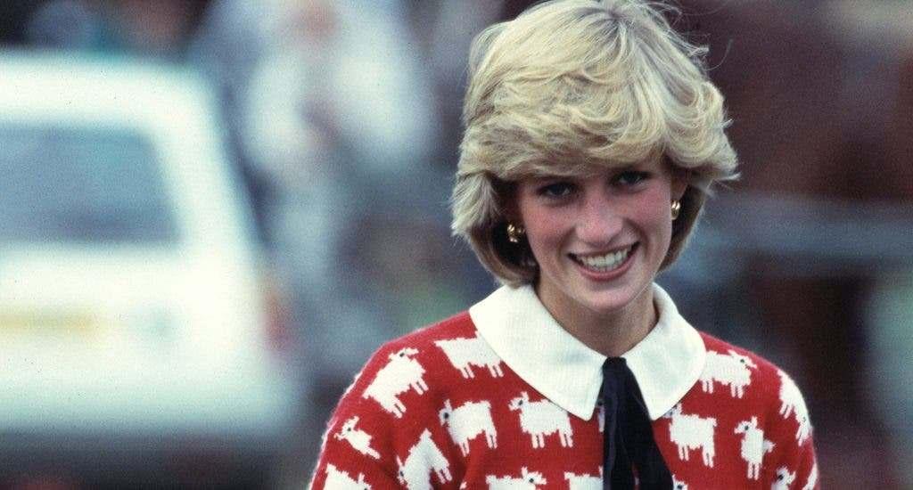 El icónico jersey de Lady Di con una oveja negra, convertido en objeto de deseo
