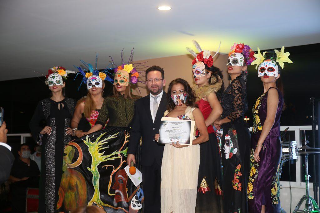Participantes de la pasarela de modas. Fotos: Daniela Portillo