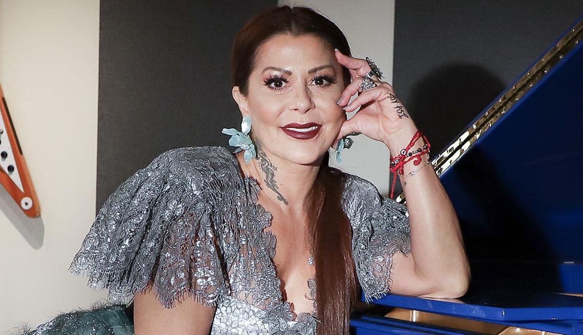 "Rostro de ""Alejandra Guzmán"" desata polémica"