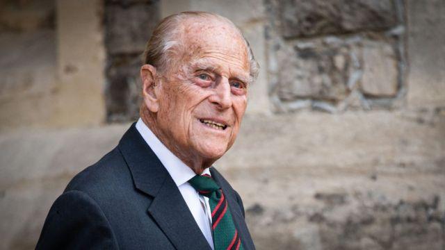 """Príncipe Felipe tiene una infección y permanecerá en el hospital """"durante varios días"""""""