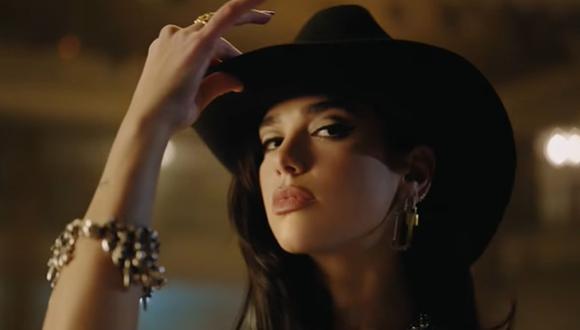 """Comparan a Dua Lipa con Ángela Aguilar en video de """"Love Again"""""""