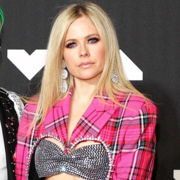 El regreso de Avril Lavigne en los MTV VMAs 2021