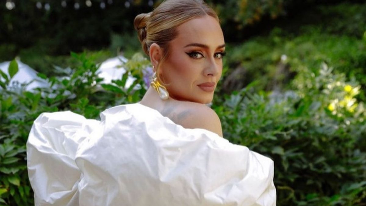 Adele; así anunció su nueva canción